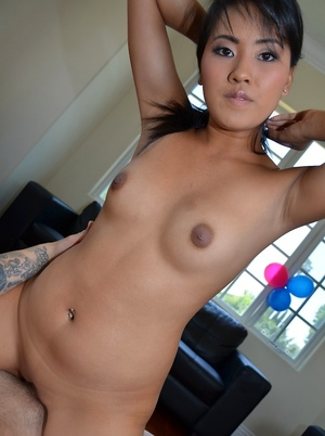 Girlfriend Asian Pics
