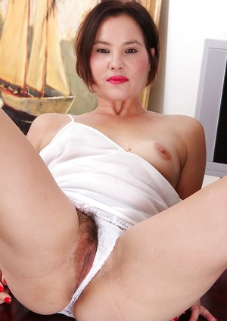 Milf Pussy Asian Pics