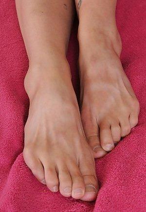 Feet Asian Pics