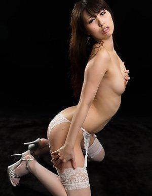Knees Asian Pics