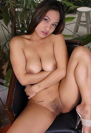 Big Boobs Asian Pics