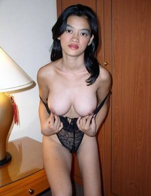 Striptease Asian Pics
