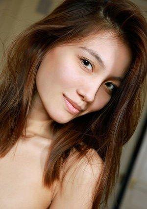 Model Asian Pics