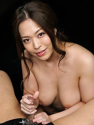 Big naturals Asian Pics